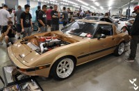 This F20 swapped 1st gen RX7 was pretty cool to see.